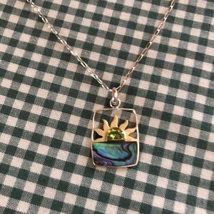 Jewelry - Silver Necklace Peridot & Abalone